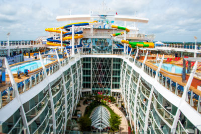 The iconic image from the top deck