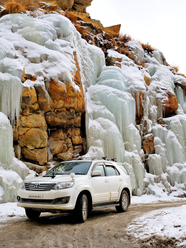 Fortuner at frozen Malling Nala