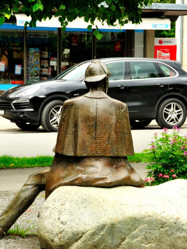 Porsche with Sherlock Holmes